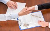 تدلیس چیست: فریب دادن طرف معامله چه آثاری دارد؟