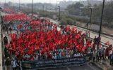 پلیس هند مانع حرکت معترضین خشمگین بهسوی منزل وزیر کشور شد +تصاویر