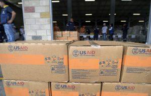 پاکستان کمکهای بشردوستانه مقابله با کرونا به افغانستان ارسال کرد