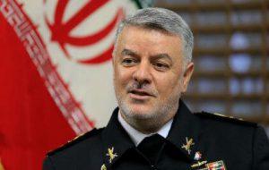 فرمانده نیروی دریایی ایران راهی پاکستان شد