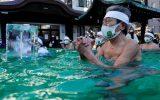 دعای راهبان بودایی در آب سرد برای پایان همه گیری کرونا در ژاپن