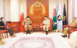 سفر فرمانده ستاد ارتش پاکستان به بحرین و ملاقات با مسئولین این کشور